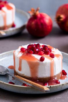 Delicious Vegan Recipes, Vegan Desserts, Delicious Desserts, Yummy Food, Baking Recipes, Cake Recipes, Strawberry Sweets, Food Goals, Cheesecakes