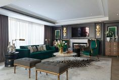 How To Use A Living Room Sofa For Maximum Space Utilization? Living Room Green, Gold Living Room, Green Sofa Living, Luxury Living Room, Green Sofa Living Room, Living Room Decor Apartment, Apartment Living Room, Living Room Grey, Emerald Green Living Room