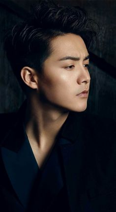 My favorite photo of Matianyu Ice Fantasy Cast, Fantasy Films, Handsome Asian Men, Handsome Boys, Asian Celebrities, Asian Actors, Ma Tian Yu, Year Of The Tiger, Romance