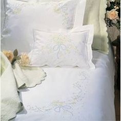 Quang Thanh Embroidery Hand Embroidery Duvet Cover (29 USD)