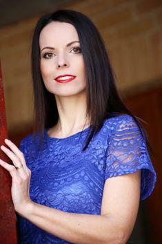 Modré čipkované šaty - Tina Chic