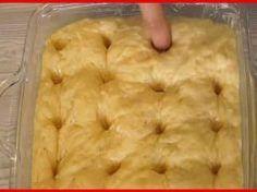 Belenyomja az ujját a tésztába, majd minden idők legfinomabb kalácsát süti meg! Ilyen finomat rég ettem!