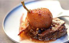 Hauptspeise - Hirschmedaillons mit Rotwein-Birnen