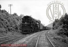 """VGN Class AG  902 labelled """"Roanoke East, VA"""""""