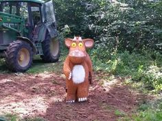 #Gloucestershire youngsters can keep an eye out for new #Gruffalo's Child sculpture at #Westonbirt Arboretum.