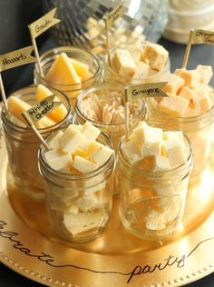 New Year's Eve Appetizers & Party Food Ideas - Mason Jar Cheese Tasting Tray. What a great way for a cheese display!