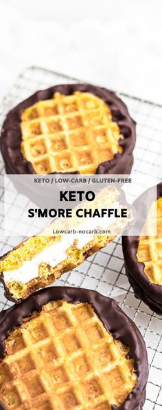 Low Carb Sweets, Low Carb Desserts, Low Carb Recipes, Healthy Recipes, Camping Snacks, Keto Snacks, Waffle Maker Recipes, Keto Waffle, Sugar Free Desserts