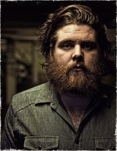 andy hull of manchester orchestra. simply amazing