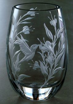 Hummingbird *** hand engraved Crystal by Catherine Miller of Catherine Miller Designs * Technique Stone Wheels *10 inch Polish Vase
