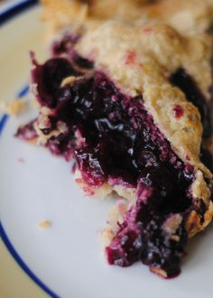 blueberry pie -- Cooking Amid Chaos Blauwe bessen taart