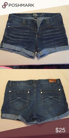 Jean shorts Good condition Express Shorts Jean Shorts