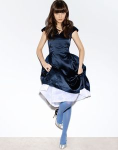 Zooey Deschanel White Tights, Opaque Tights, Zoey Deschanel, Celebs, Celebrities, New Girl, Chic Outfits, Hosiery, Peplum Dress