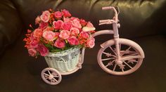 Louis Garden Rattan Vase Basket Artificial Flower Pack is an absolutely adorable miniature bicycle with a rattan vase filled with flowers. Centre Pieces, Artificial Flowers, Cute Gifts, Rattan, Flower Arrangements, Mothers, Geek Stuff, Miniatures, Basket