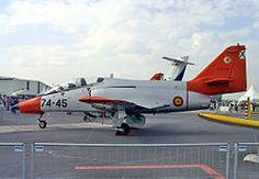 CASA C-101EB del Ejército del Aire Español en la Exhibición Aeroespacial Internacional (ILA) de 2002.