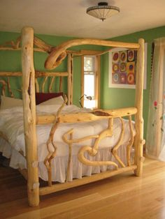 Cedar Log Bedroom Furniture Crazy Log Bed In 2020 Log Bedroom Furniture, Rustic Log Furniture, Twig Furniture, Bedroom Decor, Cabin Homes, Log Homes, Log Bed Frame, Coastal Master Bedroom, Rustic Bedding