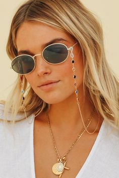 This gold & gem detailed sunglasses chain looks so cool paired with your fave sunnies for a layered look. Please note sunglasses are not included. Sunnies Sunglasses, Sunglasses Women, Sunglasses Accessories, Oakley Sunglasses, Women Accessories, Eyeglasses, Confident, Mothman, Summer Wardrobe