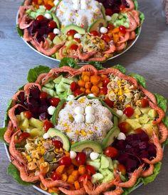 Imen Ben Amor's media content and analytics Morrocan Food, Moroccan Kitchen, Moroccan Salad, Food Qoutes, Dolma Recipe, Indian Food Recipes, Vegetarian Recipes, Wedding Buffet Food, Food Menu Design