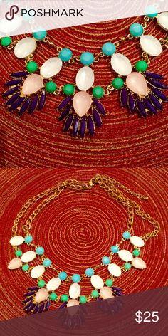 Gorgeous statement necklace Statement necklace Zara Jewelry Necklaces
