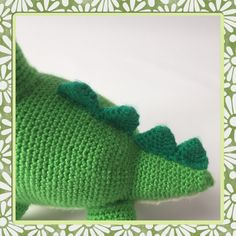 Welcome at this Dax Dinosaur crochet pattern. I made this lovely dino for my daughter and would like to share the free pattern. Crochet Hook Sizes, Crochet Hooks, Free Crochet, Half Double Crochet, Single Crochet, Dinosaur Pattern, Stitch Markers, Slip Stitch, Knitted Hats