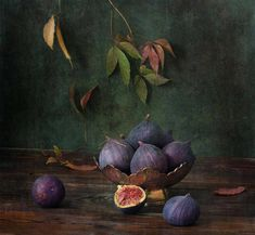 fig still life painting