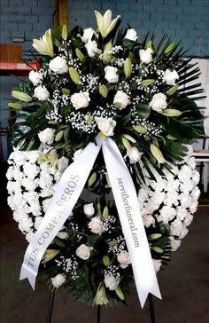 Church Flowers, Funeral Flowers, All Flowers, Beautiful Flowers, Wedding Flowers, Funeral Floral Arrangements, Creative Flower Arrangements, Altar Decorations, Balloon Decorations