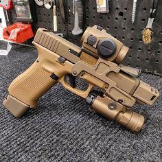 RAE Magazine Speedloaders will save you! Glock Guns, Weapons Guns, Guns And Ammo, Revolver, Shooting Guns, Custom Guns, Military Guns, Hunting Rifles, Cool Guns