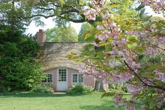 Quem nunca sonhou com uma casa cor-de-rosa?