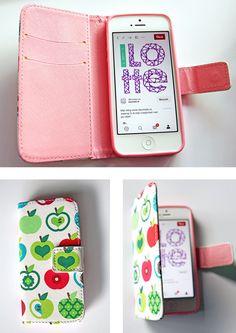 Zomerse musthaves: telefoonhoesje met vrolijke appeltjes print van Telefoonhoesjestore.nl. Phone Cases, Phone Case