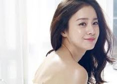 News picture ♥ Kim Tae Hee ♥♥♥ Angel ♥ Kim Tae Hee, New Pictures, Role Models, Picture Photo, Korean Girl, Bangs, Idol, Singer, Poses