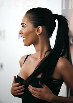 Glamorous Chic Life http://www.amazon.com/gp/product/B009DW5DQC?ie=UTF8=A1JZHG9III7SDE=GANDALF%20THE%20GRAYZZ%20BOOKSTORE