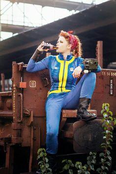 Cosplay Fallout, Fallout Costume, Comic Con Costumes, Cosplay Costumes, Cosplay Ideas, Costume Ideas, Amazing Cosplay, Best Cosplay, Halloween Cosplay