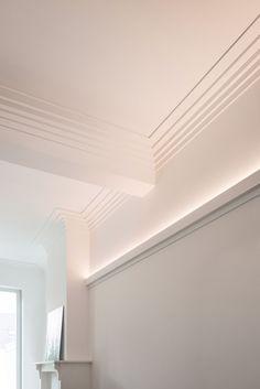 Casa Art Deco, Light Up Pictures, Cornice Design, Art Deco Living Room, Orac Decor, Plafond Design, Estilo Art Deco, Wall Molding, Moulding