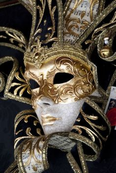 The Volto mask is a popular Venetian masquerade-inspired mask because the style is comfortable to wear. It is also called a Larva mask because it used to be mainly white in color, which can make a buyer appear ghost-like when wearing the design