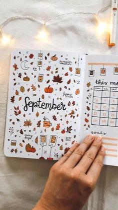 Bullet Journal Notebook, Bullet Journal Ideas Pages, Bullet Journal Inspiration, Art Journal Pages, Bullet Journals, Journal Prompts, Autumn Bullet Journal, Bullet Journal September, Bullet Journal Christmas