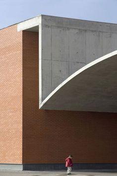 Duccio Malagamba Fotografia de Arquitectura. Pabellón Multiusos - Álvaro SIZA VIEIRA>
