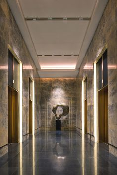 Best Place to find hotel lobby design Hotel Lobby Design, Elevator Lobby Design, Hotel Hallway, Hotel Corridor, Lift Design, Design Design, Lobby Interior, Interior Design, Design Interiors