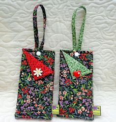 porta celular em tecido Diy Coin Purse, Felt Fabric, Mobile Cases, Purses And Bags, Sewing Crafts, Sewing Patterns, Pouch, Reusable Tote Bags, Valentines