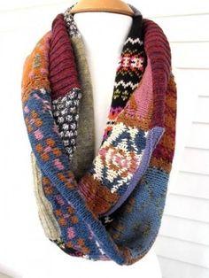 Jerseys reciclados y convertidos en originales bufandas.