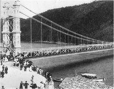 Inauguração da Ponte Pênsil de São Vicente em 21 de maio de 1914. Acervo Memória Sabesp