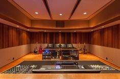 Wes Lachot Design Group || Recording Studio Design and Acoustic Consulting