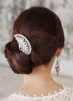 Floral Fancy Braut Kopfschmuck Haarschmuck Designs, Unikat-Pfau-inspirierte-Kristall-Braut-Kopfschmuck-für-Hochsteckfrisur-Hochzeit-Frisuren , Hochzeit Frisuren Easy Bun Hairstyles, Formal Hairstyles, Bride Hairstyles, Headband Hairstyles, Hair Styles 2016, Medium Hair Styles, Long Hair Styles, Unique Wedding Hairstyles, Wedding Updo