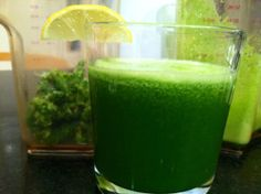 Apple Cucumber Kale Juice - Looks to be just like First Watch's Kale Tonic: kale, Fuji apple, English cucumber and lemon - Yum!!