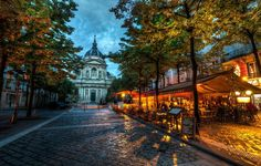 A lovely street side cafe right by the world famous La Sorbonne (University of Paris). Stuck in Customs in France.