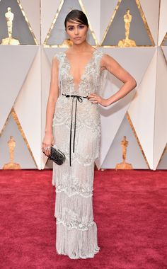 She never disappoints! Olivia Culpo wears a one-of-a-kind Marchesa for Stella Artois gown. via @AOL_Lifestyle Read more: https://www.aol.com/article/entertainment/2017/02/26/oscars-2017-red-carpet-arrivals/21722185/?a_dgi=aolshare_pinterest#fullscreen