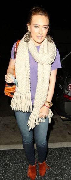 Hilary Duff copycat scarf!