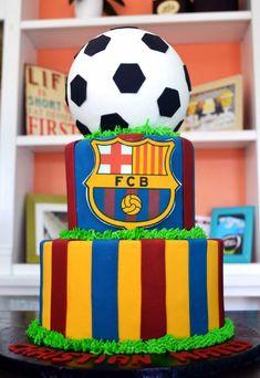 Barca / Barcelona FBC Soccer Cake By Simply Sweet Creations… Pastel Del Barcelona, Bolo Do Barcelona, Barcelona Soccer Party, Messi Birthday, Boy Birthday, Sport Cakes, Soccer Cakes, Soccer Birthday Parties, Cakes For Men