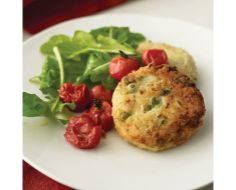 Risotto Cakes with Roasted Tomatoes and Arugula from Everyday Food. Make these with the left overs from the Leek, Bacon and Pea Risotto. These turned out great! Risotto Cakes, Enjoy Your Meal, Arugula Recipes, Vegetarian Recipes, Healthy Recipes, Healthy Food, Healthy Eating, Healthy Cake, Vegetarian Cooking
