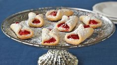 These classic European cookies with a strawberry jam filling are perfect to include in your Christmas or Thanksgiving dessert recipe list. Christmas Desserts, Christmas Baking, Christmas Goodies, Christmas 2015, Christmas Candy, Xmas Food, Christmas Kitchen, Holiday Baking, Christmas Treats