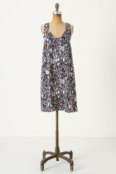 this dress is perfect for not having to do anything but look pretty.