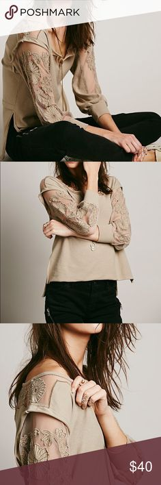 Free People New Romantics Tropicali Tee in Natural Fp New Romantics Tropicali Tee  Size S/P $78.00 Color: Natural FP Exclusive Free People Tops